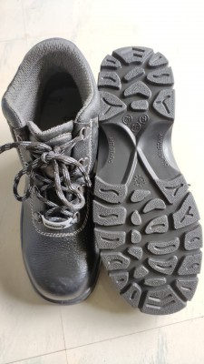 MALKIN, Single Density Tiger Sole Shoes for mallcom Feet protection. It is High ankle safety shoe