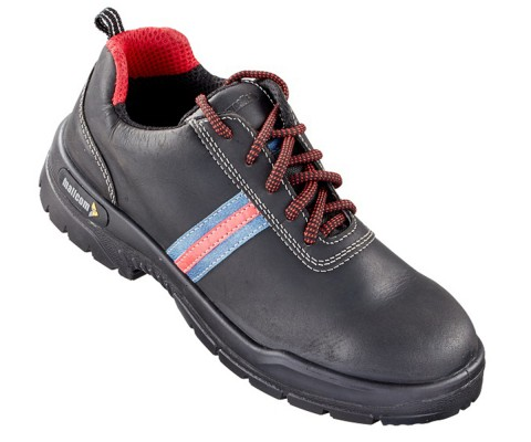BREWSTER, Double Density Oliver Sole Shoes for mallcom Feet protection. It is Low ankle nubuck leather boot