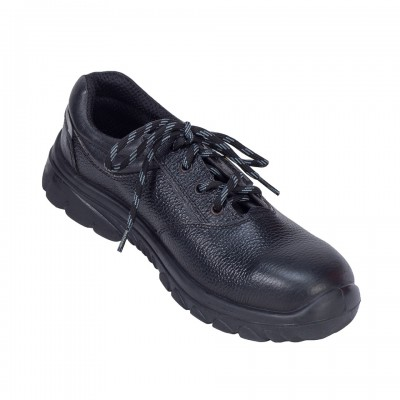 CIVET, Double Density Oliver Sole Shoes for mallcom Feet protection. It is Low ankle leather safety shoe
