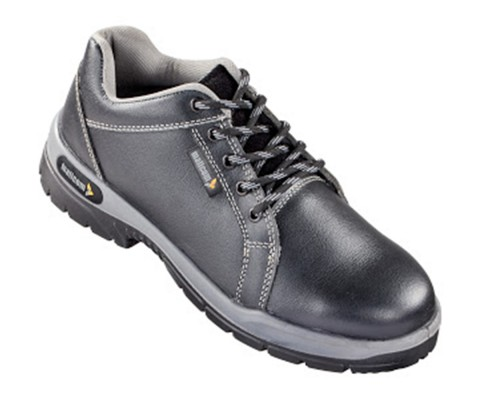 SERVAL, Double Density Oliver Sole Shoes for mallcom Feet protection. It is Low ankle leather boot
